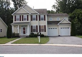 109 Ponds Edge Ct, Felton