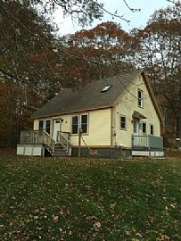 Nicely Renovated 3bd Cape For Rent on Private