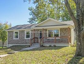 3 Bdrm Blue Springs Manor South Raised Ranch