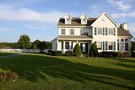 Beautiful Middletown Home on Approx. 2 Full Acre