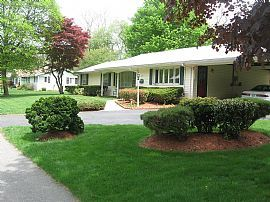 Nice 3 Bedroom in North Framingham