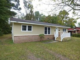 109a Arnold Rd, Jacksonville, Nc 28546