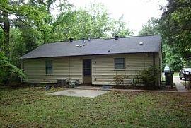 6216 Blue Jay Ln, Charlotte, Nc 28227 3 Beds 1.5 Baths 1,103 S