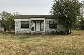 3308 N Post Rd, Oklahoma City, Ok 73141 2 Beds · 1 Bath · 680 S