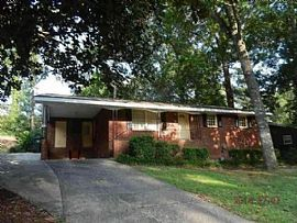 202 Valley View Dr, Warner Robins, Ga 31088 3 Beds 2 Baths 1,49
