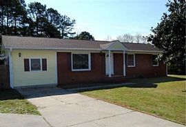 1 Colonial Dr, Jacksonville, Nc 28546