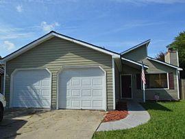 2045 Foxhorn Rd, Jacksonville, Nc 28546