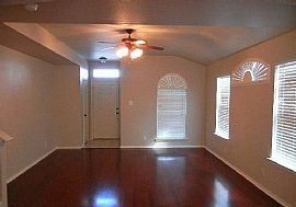 Beautiful and Well Maintained 3 Beds 2.5 Baths