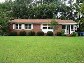 509 Forest Cir, Jacksonville, Nc 28540