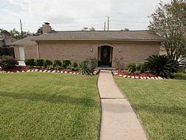 14402 Chevy Chase Dr, Houston, TX 77077