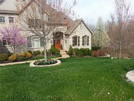 18255 Canyon Forest Ct, Chesterfield, Mo 63005 4 Beds 4.5 Baths