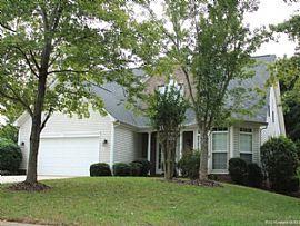 8722 Huntland Ct, Charlotte, Nc 28277