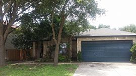9527 Cliff Crk, San Antonio, Tx 78251