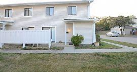 333 Clearwater Ln, Schaumburg, Il 60194