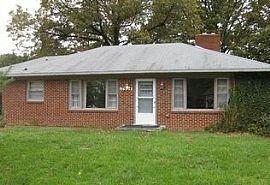 17934 Pin Oak Rd, Hagerstown, Md 21740