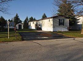 143 Twin Lakes Dr, North Fond Du Lac, Wi 54937 3 Beds 2 Baths 1