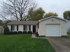 812 Coolee Ln, Indianapolis, in 46229 3 Beds 1.5 Baths 1,120 Sq