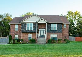Gorgeous 4 Bd/3ba Split Level Home in The Subdivision Bluff at