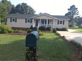15 Kirk St, Thomasville, Nc 27360
