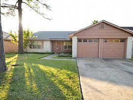 10339 Den Oak Dr, Houston, Tx 77065