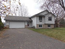 8900 Rosewood Ln N, Maple Grove, Mn 55369