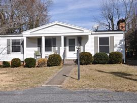 17 Whitmore St, Lexington, Va 24450 3 Beds 1.5 Baths 1,376 Sqft