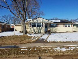 2015 Alpha St, North Platte, Ne 69101