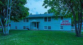 3 Beds 1 Bath,5116 Edgewood Ave N,Minneapolis
