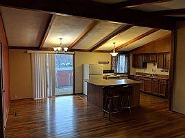 303 Hillcrest Dr, Kirksville, Mo 63501 4 Beds 2.5 Baths 1,425 S