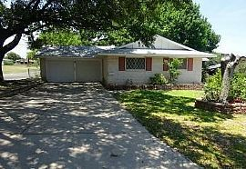 Three Bedrooms@3803 Gayle Ave   San Antonio, Tx 78223