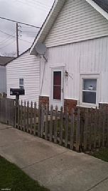219 N Richland St, Indianapolis, in 46222 3 Beds 1 Bath