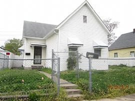 422 N Warman Ave, Indianapolis, in 46222 2 Beds 1 Bath