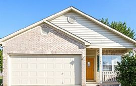 5385 Dollar Forge Ct, Indianapolis, in 46221 4 Beds 2 Baths