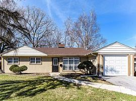 316 Neola St, Park Forest, Il 60466 3 Beds 1 Bath
