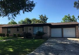 310 Stockton Dr, San Antonio, Tx 78216 3 Beds 2 Baths