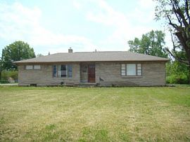 1765 E Hanna Ave, Indianapolis, in 46227 3 Beds 2 Baths 1,926 S