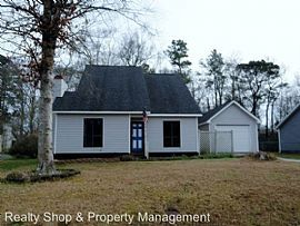 829 Mill River Rd, Jacksonville, Nc 28540