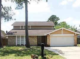 3 Beds 2.5 Baths For More Information Call 979) 493-0047