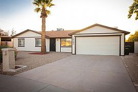 Do Not Miss This Great 3 Bedroom / 2 Bathroom