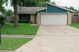 10030 Spotted Horse Dr, Houston, Tx 77064