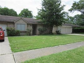 9722 Rapid River Ln, Houston, Tx 77086