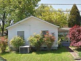 106 Temple Rd, Oak Ridge, Tn 37830 2 Beds 1 Bath