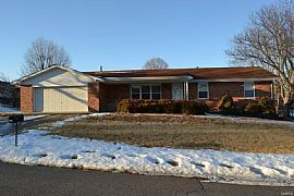 4 Bedroom 724 Clarence Dr, Saint Charles, Mo 63301