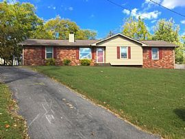 106 Valley View Ct, Hendersonville, Tn 37075 3 Beds 2 Baths 1,6