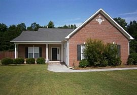 401 Albany Dr, Jacksonville, Nc 28540 3 Beds 2 Baths