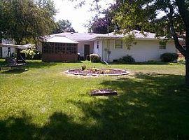 936 E Sylvan Ave, Appleton, Wi 54915 3 Beds 2.5 Baths 1,700 Sqf