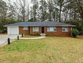 1472 Pine Dr, Atlanta, Ga 30349