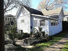 515 E 8th St, Houston, Tx 77007 2 Beds 1.5 Baths 952 Sqft