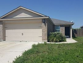 5659 Forest Cyn, San Antonio, Tx 78252 3 Beds 2 Baths 1,352 Sqf
