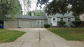 27 Cindy Dr, Williamsville, Ny 14221 3 Beds 1.5 Baths 1,600 Sqf